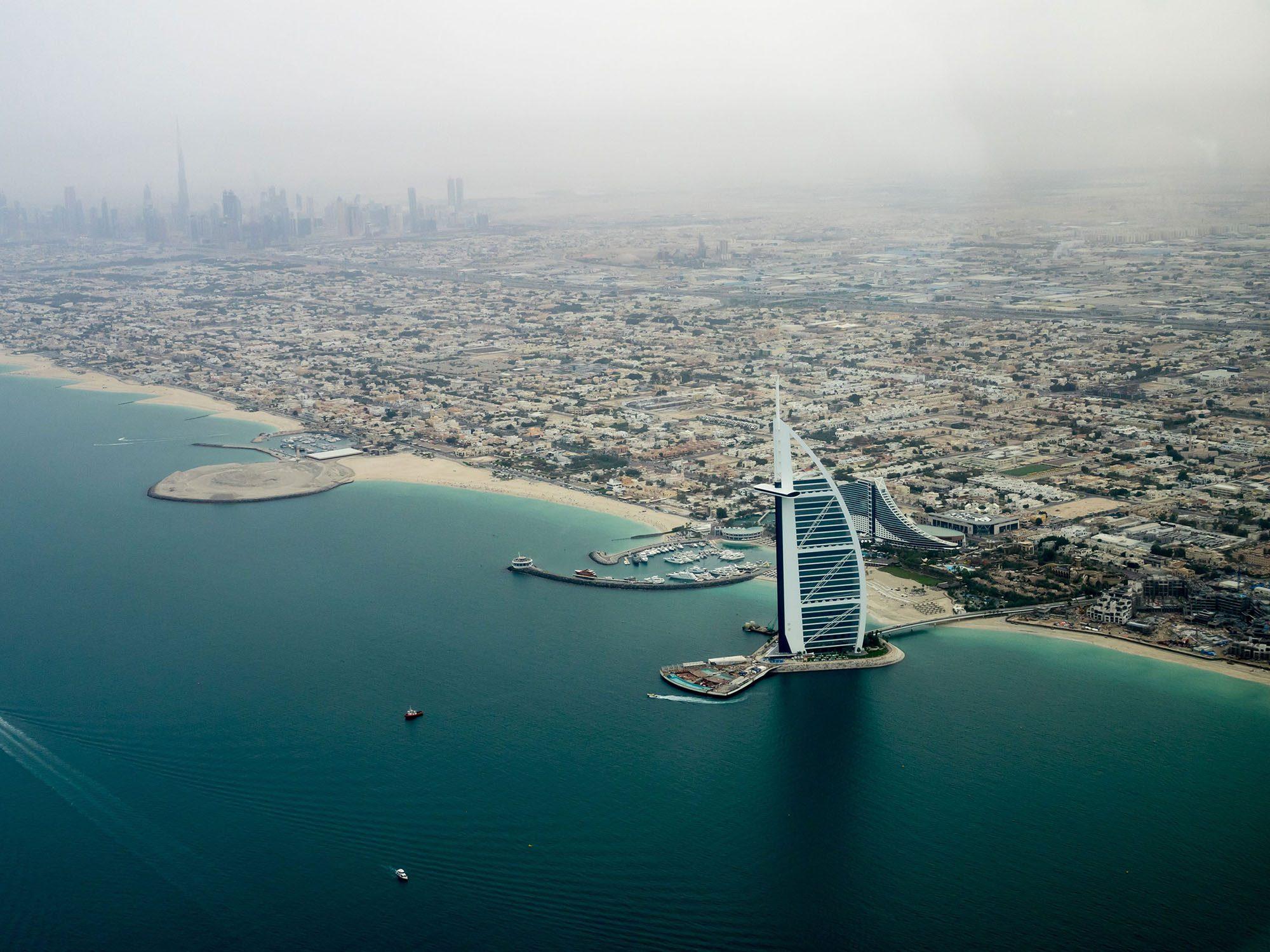 Dubai sea