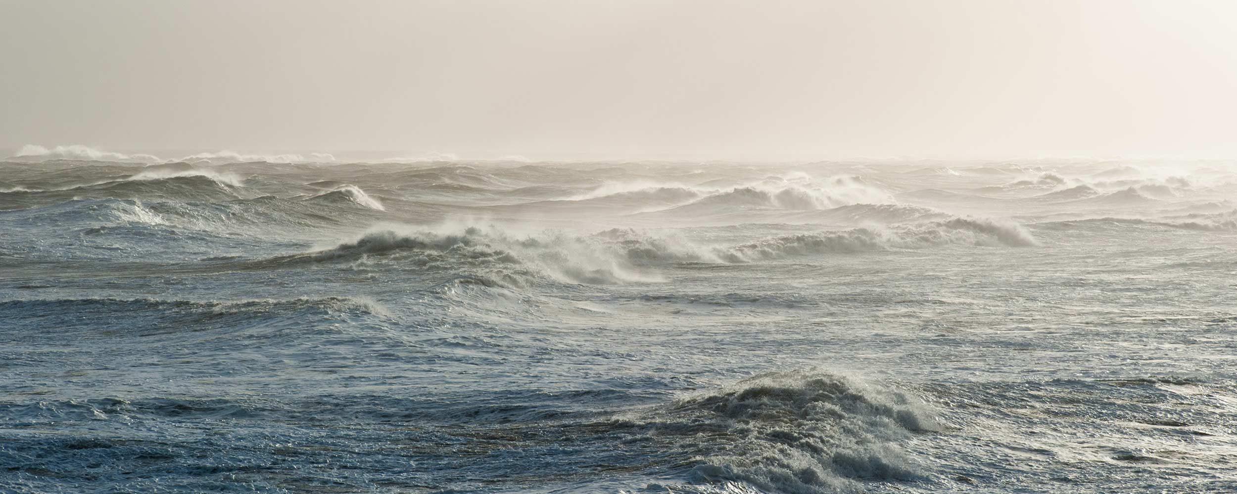 Sea haze and waves